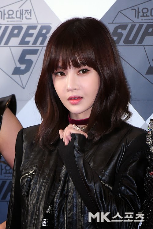 t-ara 2014 sbs gayo daejun red carpet pictures (8)