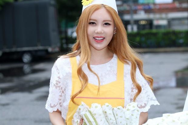 t-ara music bank arrival pics (33)